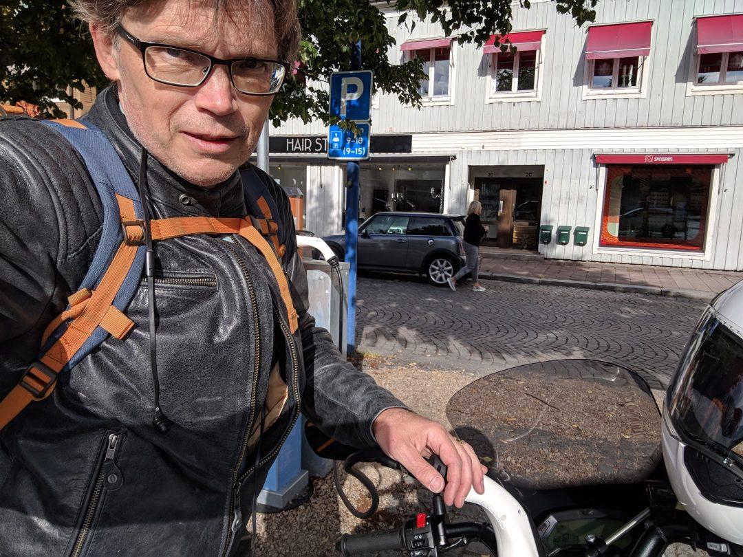 Första stoppet i Vetlanda. Foto: Mikael Bergqvist.