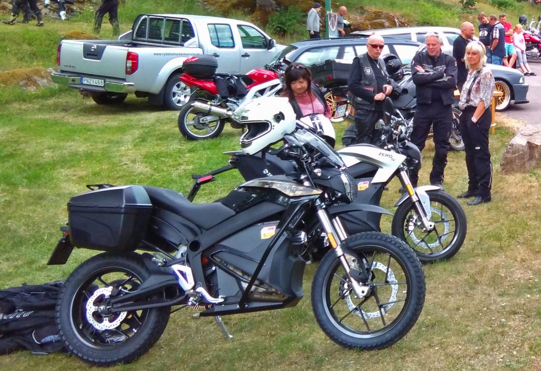 En Zero DSR Black Forest Edition och en Zero S 2018 på Rydaholm Bike Meet 2018.