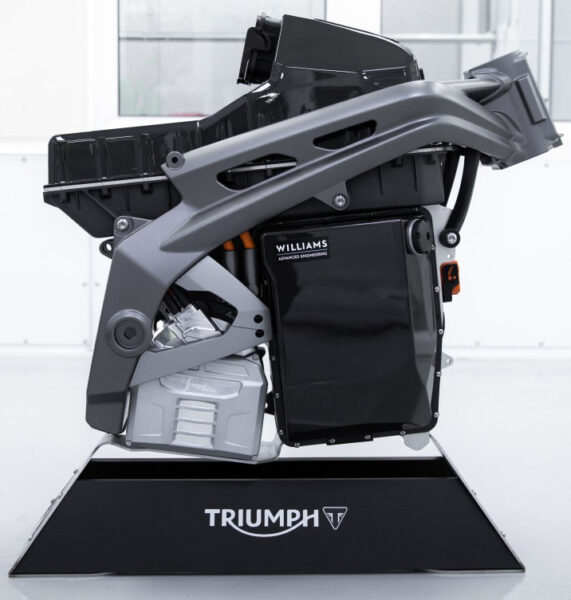 Williams sammansatta eldrivna i en Triumph-ram som ska bli till Triumph kommande elmotorcykel TE-1.