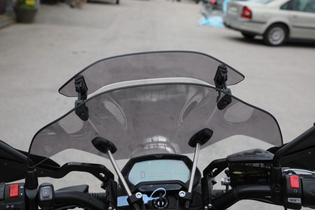 Zeros touringruta kan både vinklas i sin helhet och anpassa luftströmmen med vindavvisaren.