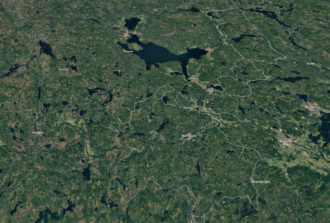 50 mil grusväg på två dagar. Det är Dalarnas pärlor med mctouring.se och Hans Rönnegård på Ronnegard Adventure AB. Bildkälla: Våra två dagars rutter i Siljansbygden och i Dalabergslagen visad i Google Earth.
