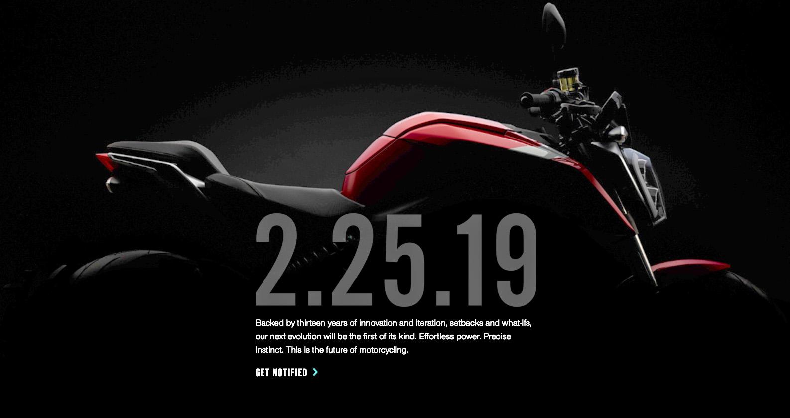 Zeros andra teaser-bild av SR-F upplättad i Photoshop.