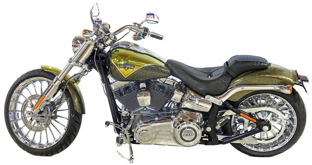 H-D V-Rod, här i CVO-utförande, var ett stort tekniskt steg framåt för H-D när modellen lanserades 2002.